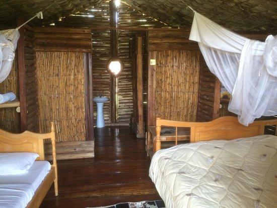 Kitandara Hippo Hill Camp: Zimmer