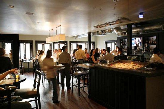 Brandywine Prime Seafood & Chops: Bar Scene