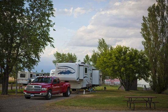 Grandview Campground & RV Park: Beautiful camping sites in Hardin MT