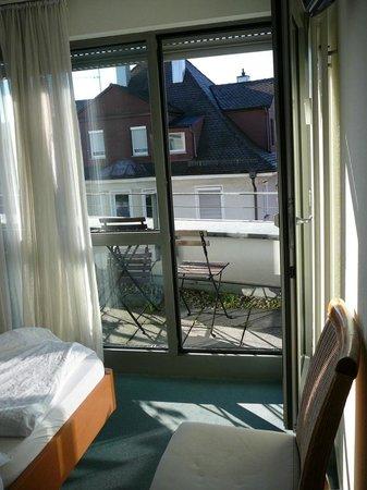 Hotel Metropol Tubingen: accesso al balconcino