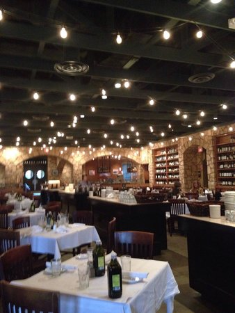 Romano's Macaroni Grill: Lunch time!
