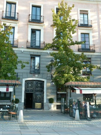 Great Picture Of Hostal Central Palace Madrid Madrid