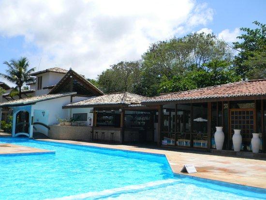 Arraial Bangalo Praia Hotel: Bar