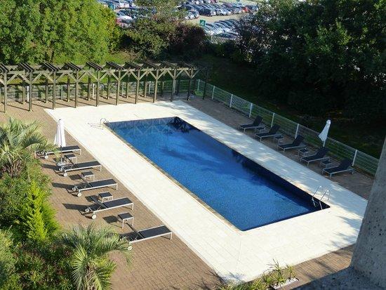 Hôtel  Oceania Nantes Aeroport : la piscine