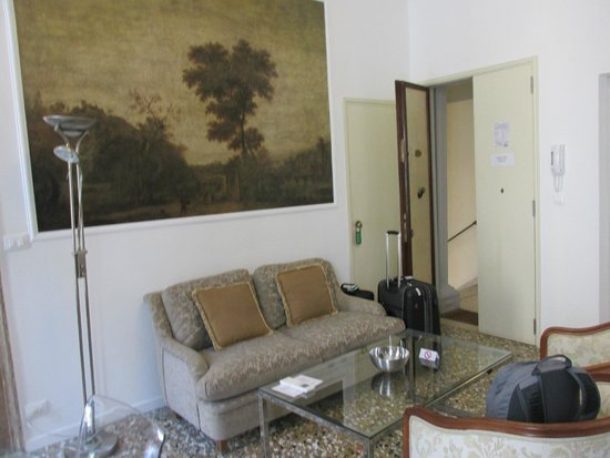 Residence Ca' Foscolo: Living Room
