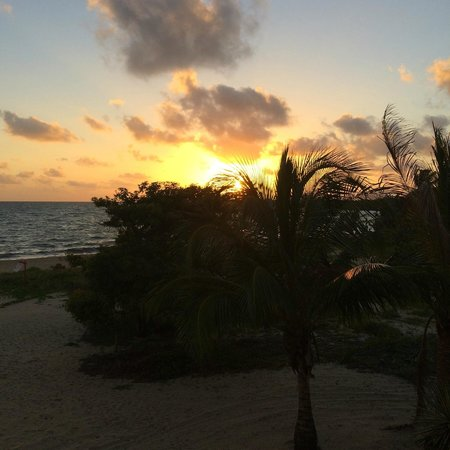 Mirasol Beach Apartment: Sunrise from the deck of Mirasol