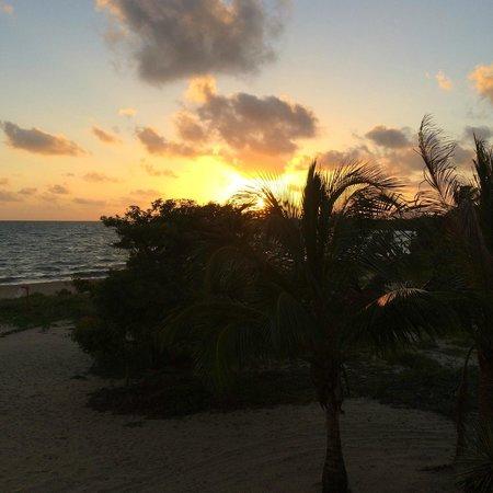 Mirasol Beach Apartment: Sunrise from the deck of Mirasol