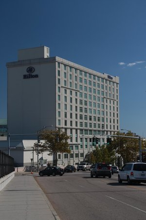 Hilton Providence: View of hotel