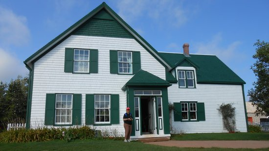 Rusty Rover Tours: Ann of Green Gables House