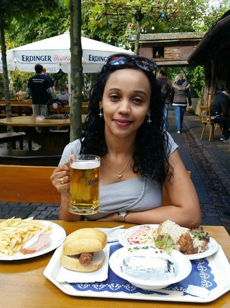 See-Restaurant am Europa-Park : Refeição acompanhada da famosa cerveja alemã