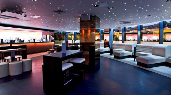 Nuvo Bar & Restaurant