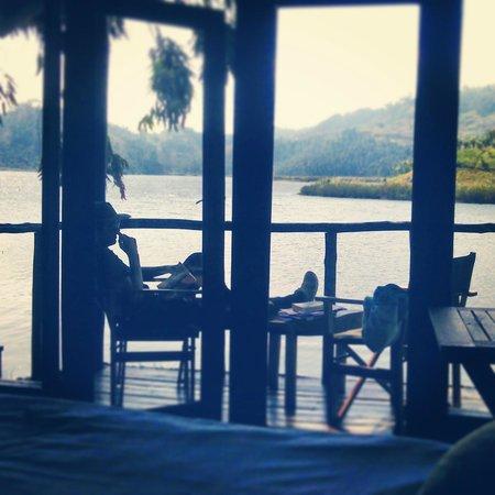 Mutanda Lake Resort: Lake Mutanda