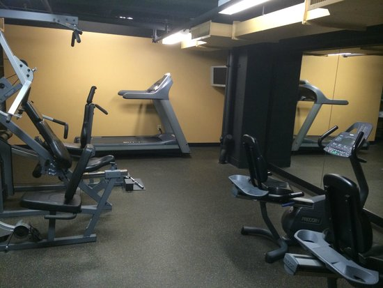 WorldMark Seattle at The Camlin : Exercise / Work Out room
