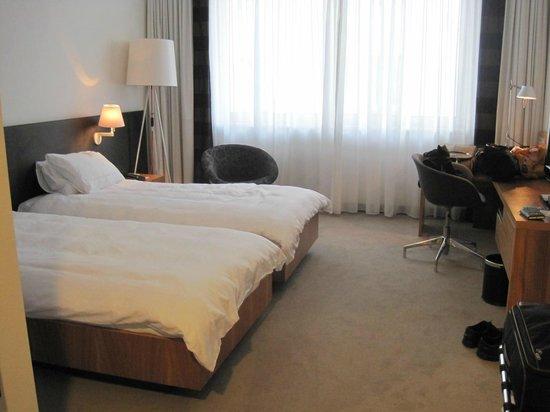 Atlantic Hotel Lubeck : Il letto matrimoniale