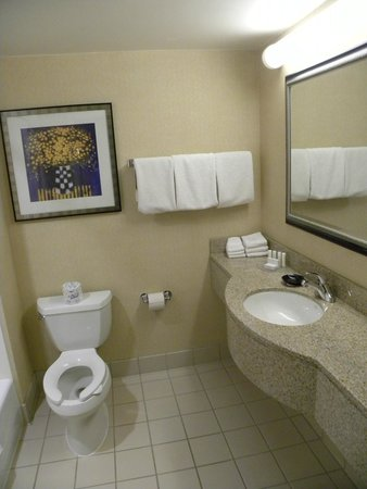 Courtyard Foothill Ranch Irvine East/Lake Forest: Clean bathroom