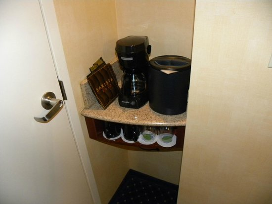 Courtyard Foothill Ranch Irvine East/Lake Forest: In-room coffee