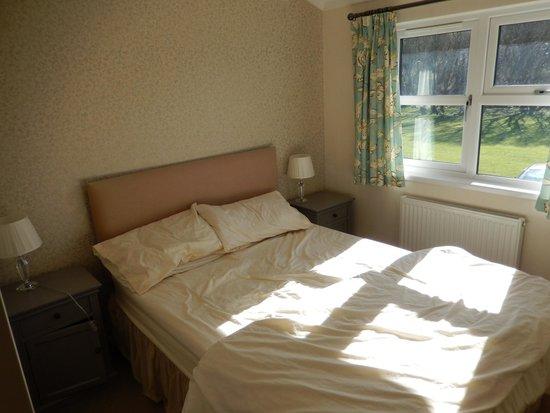 Seadown Holiday Park: Master bedroom