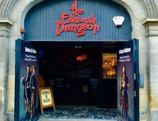 The Edinburgh Dungeon: Exterior October 2014