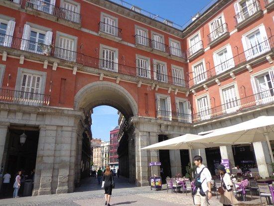 Hostal Oriente: cerquita de la Plaza Mayor hermoso !