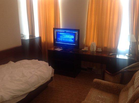 Polesye Hotel: Она же