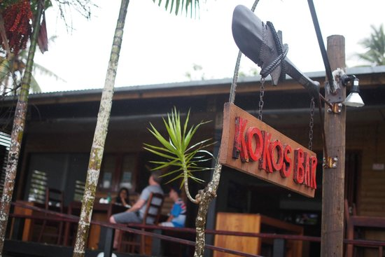 Koko's Bar: The relaxed outdoor environment at Koko's