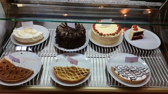 Wreckers: cake