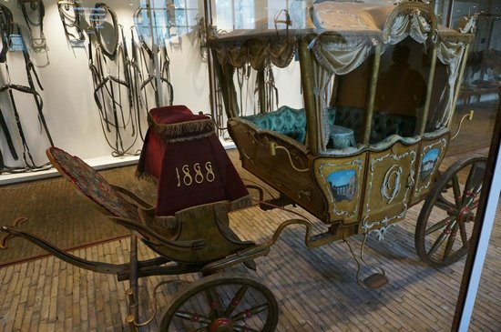Royal Stables: carriage
