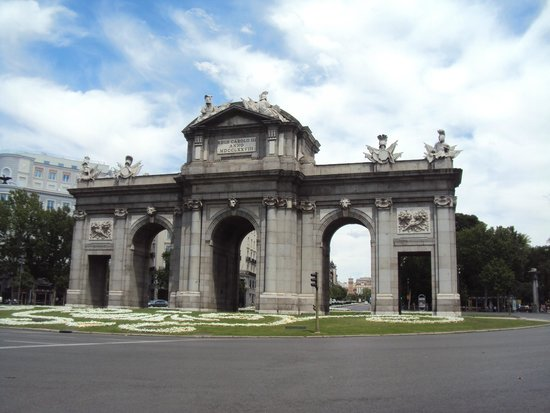 Hostal Las Murallas : Puerta de Alcalá