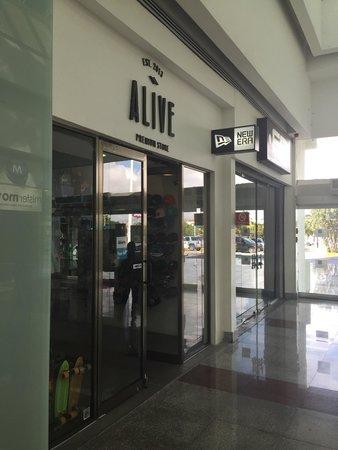 Plaza Las Americas: Alive premium boutique