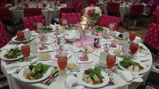 Duke Energy Convention Center: Pink Ribbon Luncheon Table
