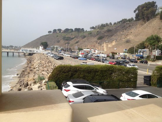 Malibu Beach Inn: Also a view if you look to the right.