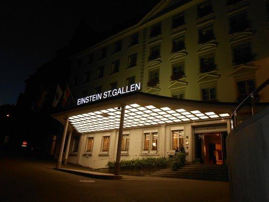 Einstein St.Gallen Hotel Congress Spa: ホテル外景