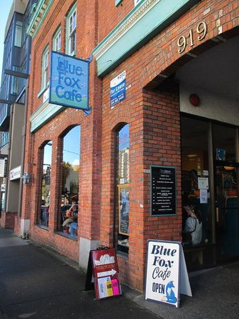 Blue Fox Cafe Victoria Hours