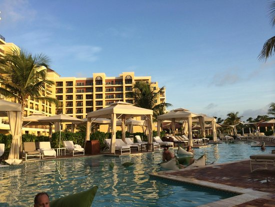 The Ritz Carlton Aruba Pool