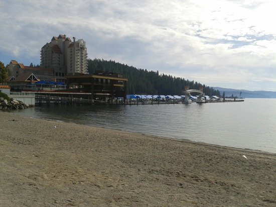 Coeur d'Alene City Park and Independence Point : CDA resort with board walk