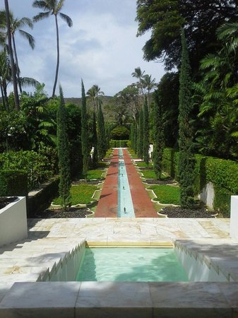 Shangri La: One of the gardens