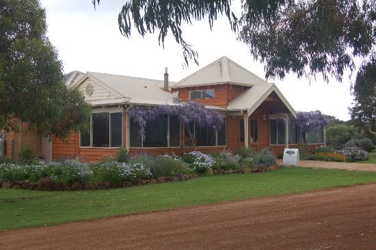 Cowaramup, Australia: getlstd_property_photo