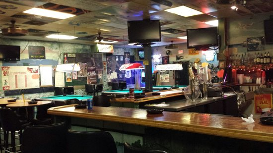 Dirty Deb's Sports Bar