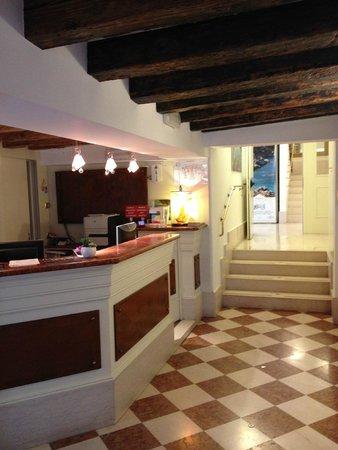 Hotel Giudecca Venezia: Reception area