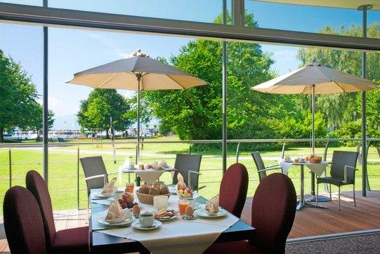 Hotel Lipprandt: Restaurant Terrasse