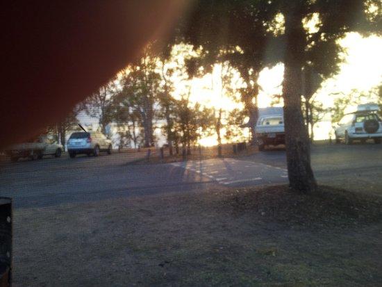 Lake Somerset Holiday Park: Sunrise