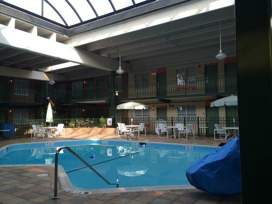 Clarion Inn Frederick Event Center : pool nice