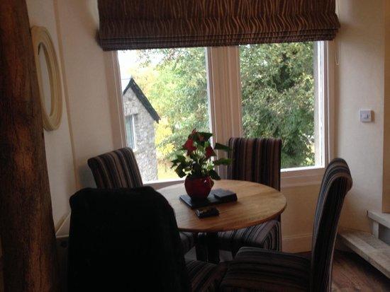 Romneys Apartments: Loads of room snug1