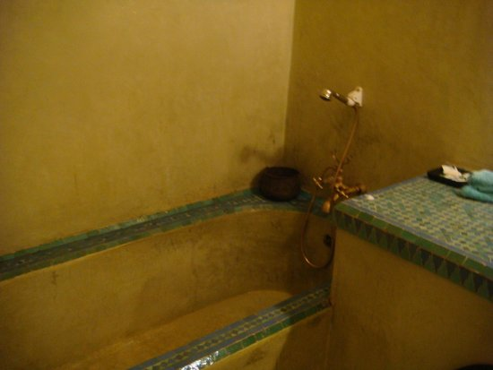 Riad Dubai: quien se ducharia aqui ??