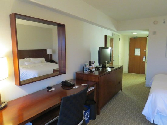 The Westin Boston Waterfront : Room 1217