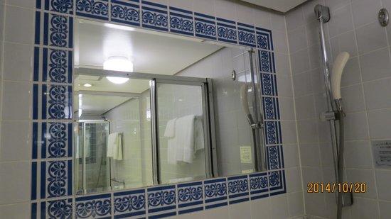 Hotel New Tagawa: バスルーム