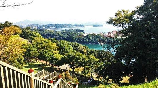 Nagasaki Prefectural Saikai Bridge Park: The beautiful view from higher up in the park