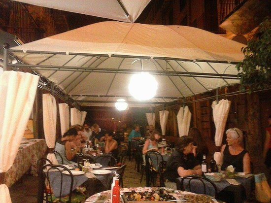 Province of Palermo, Italien: Ristorante Pepe' Night-Palermo