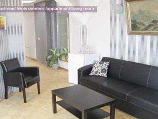 Pension Bella: living room