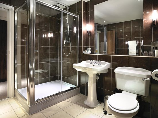 The Coniston Hotel Country Estate & Spa: Beautiful Luxury bathrooms
